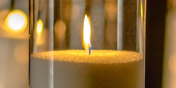 цвета пламени свечи