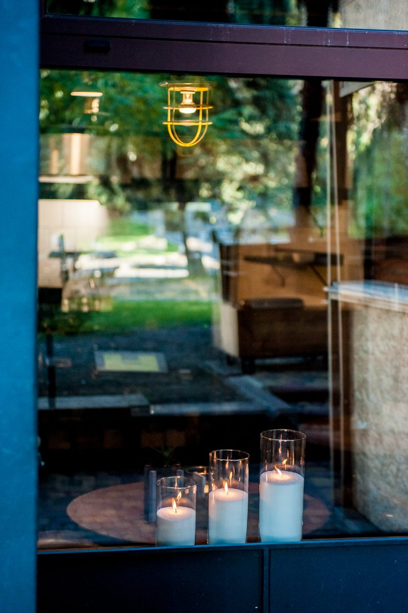 Насыпные свечи в витрине